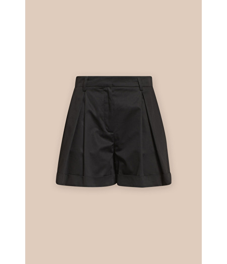 BLACK COTTON SHORTS WITH PLEATS